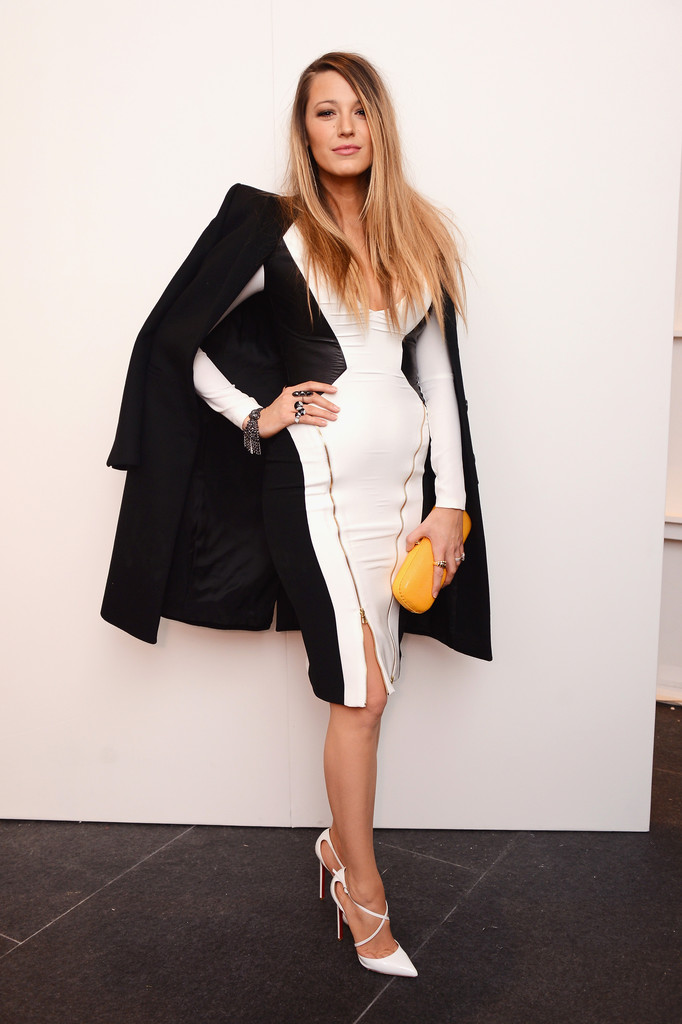 blake-lively-gabriela-cadena-fallwinter-2015-fashion-show-in-nyc-21215-4