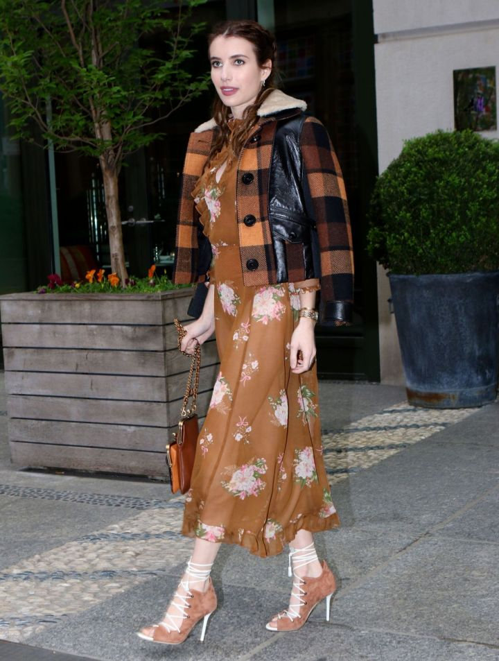 emma-roberts-arrive-at-2017-american-image-awards-in-new-york-04-24-2017_5