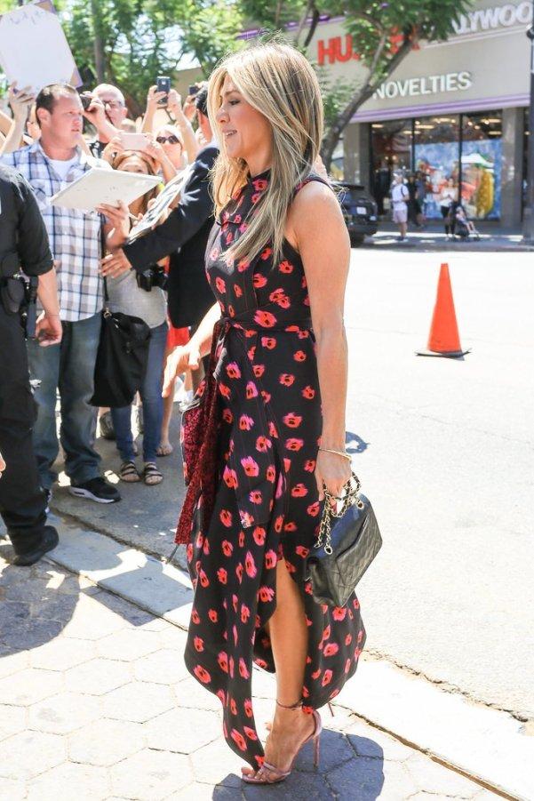 Jennifer-Aniston-Proenza-Schouler-Printed-Dreshs