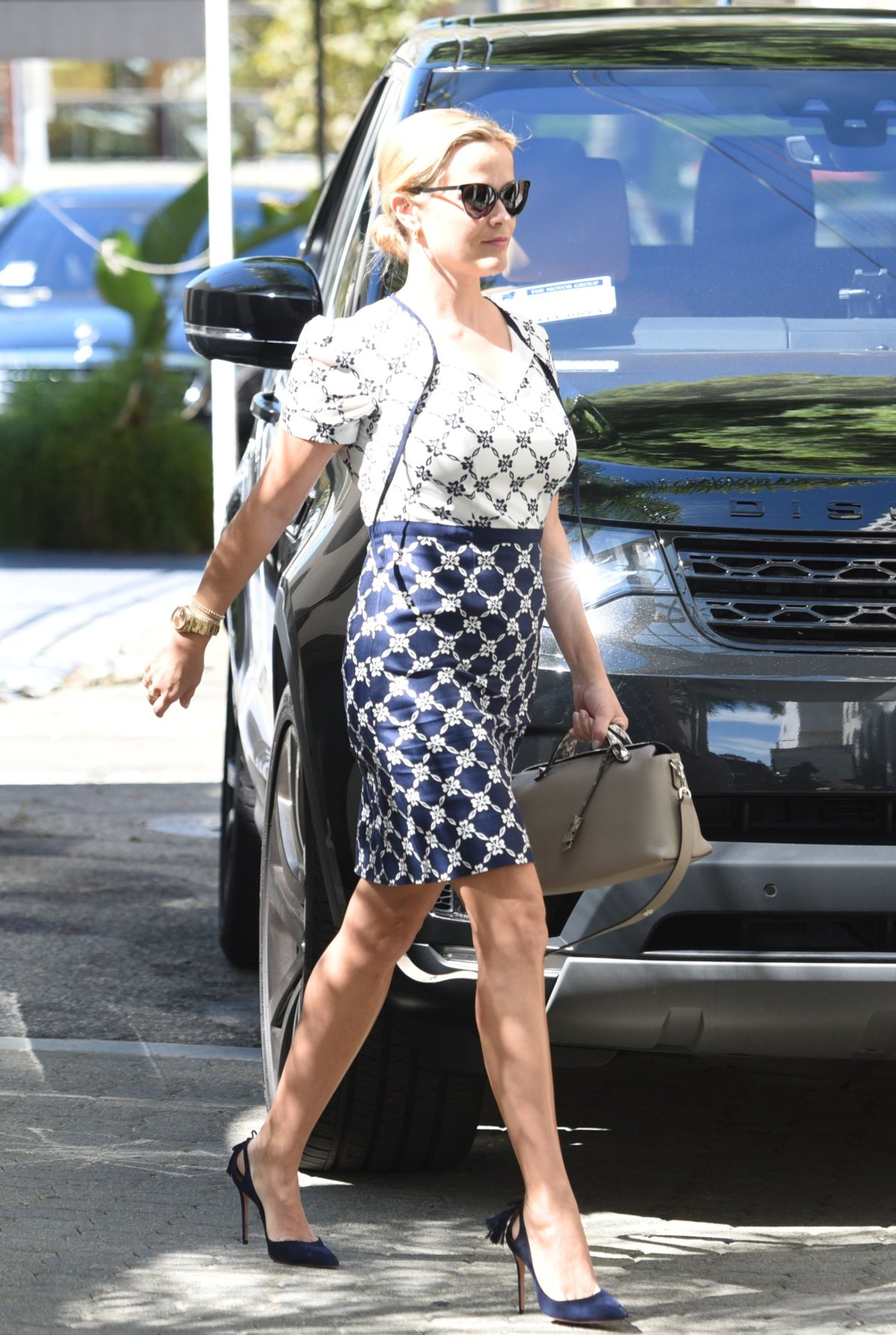 52616154_reese-witherspoon-6.jpg