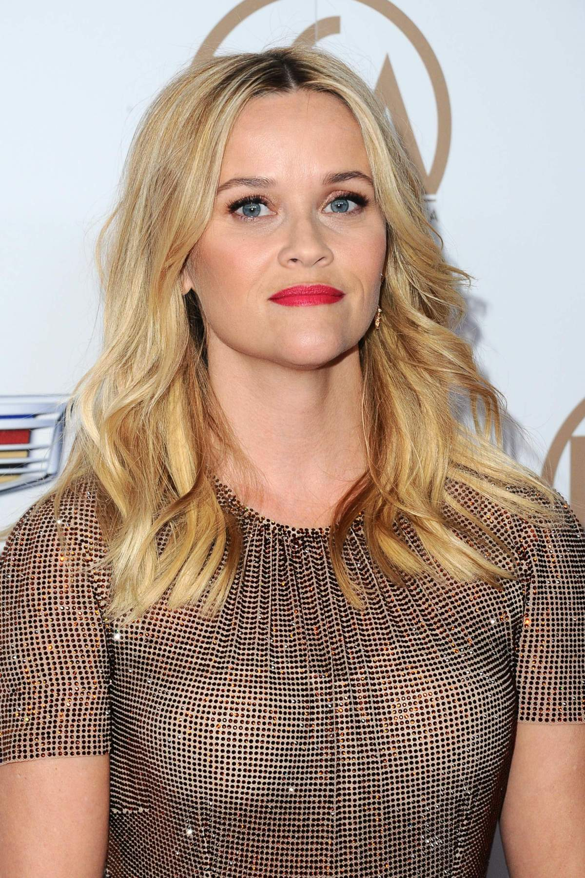 62230823_reese-witherspoon-4.jpg